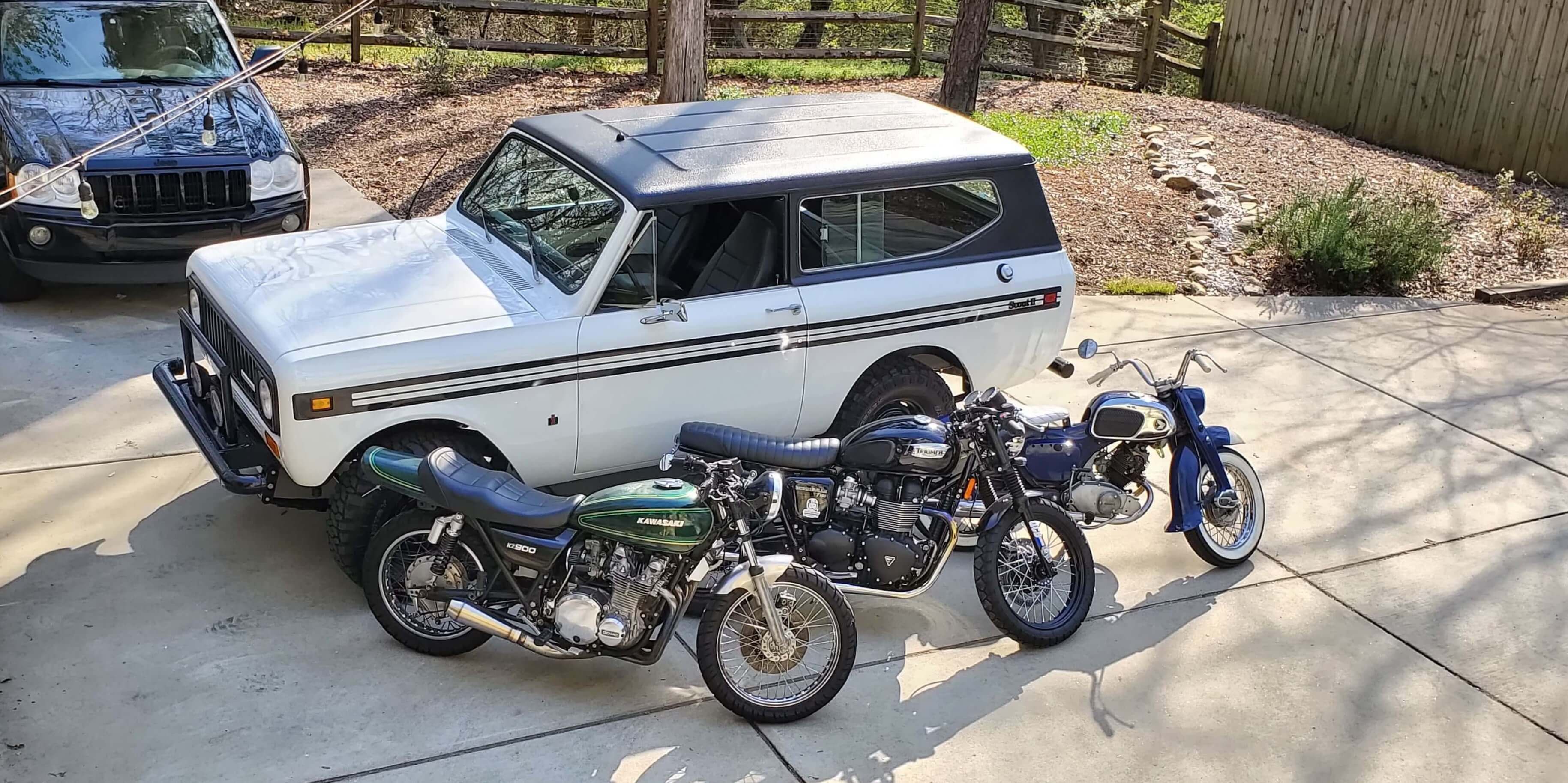 adam's 1975 International Scout II - Holley My Garage