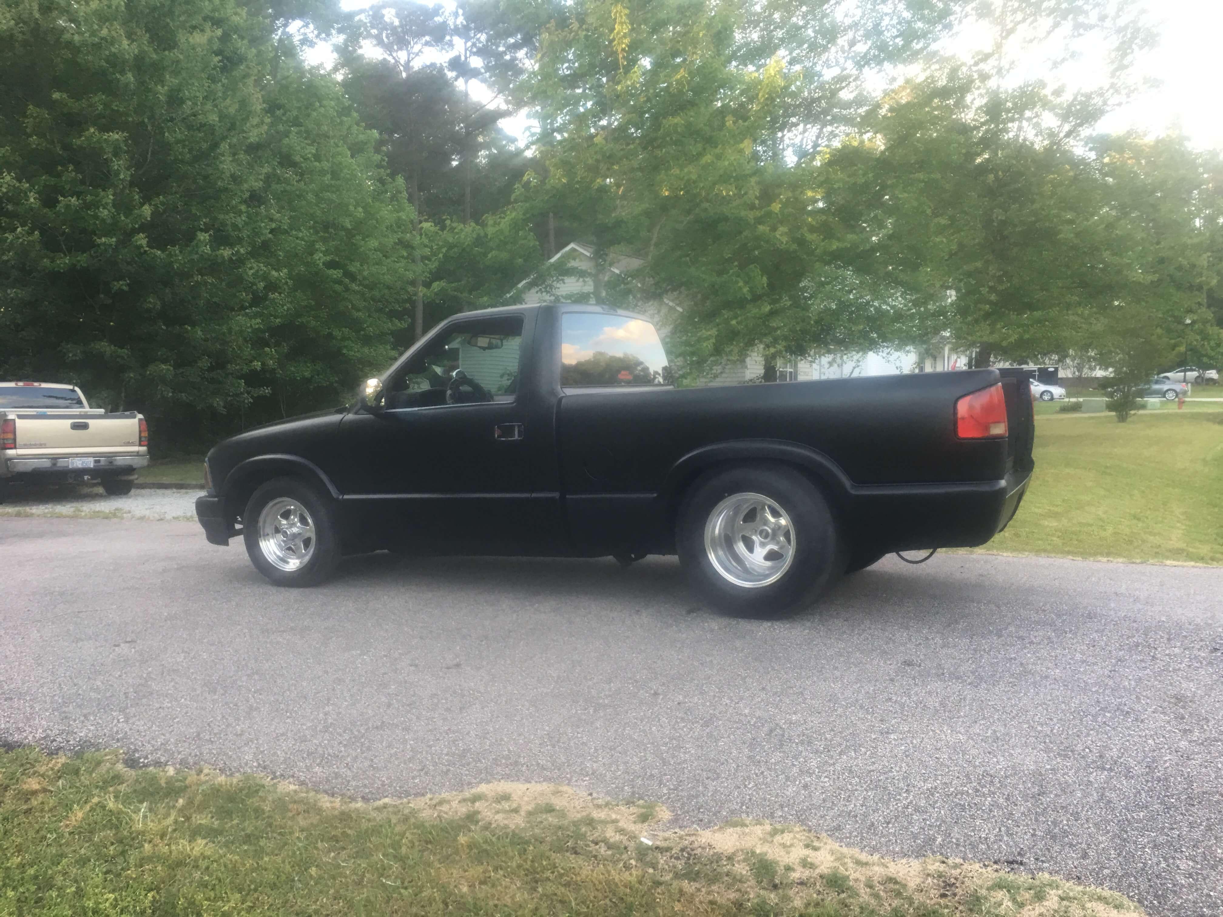Dwayne's 1995 Chevrolet S10 - Holley My Garage