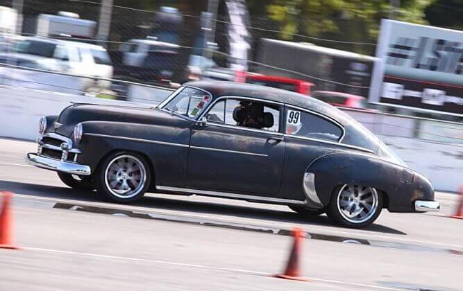 THEFIDDIE's 1950 Chevrolet Fleetline - Holley My Garage