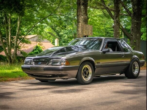 Scott's 1990 Ford Mustang - Holley My Garage