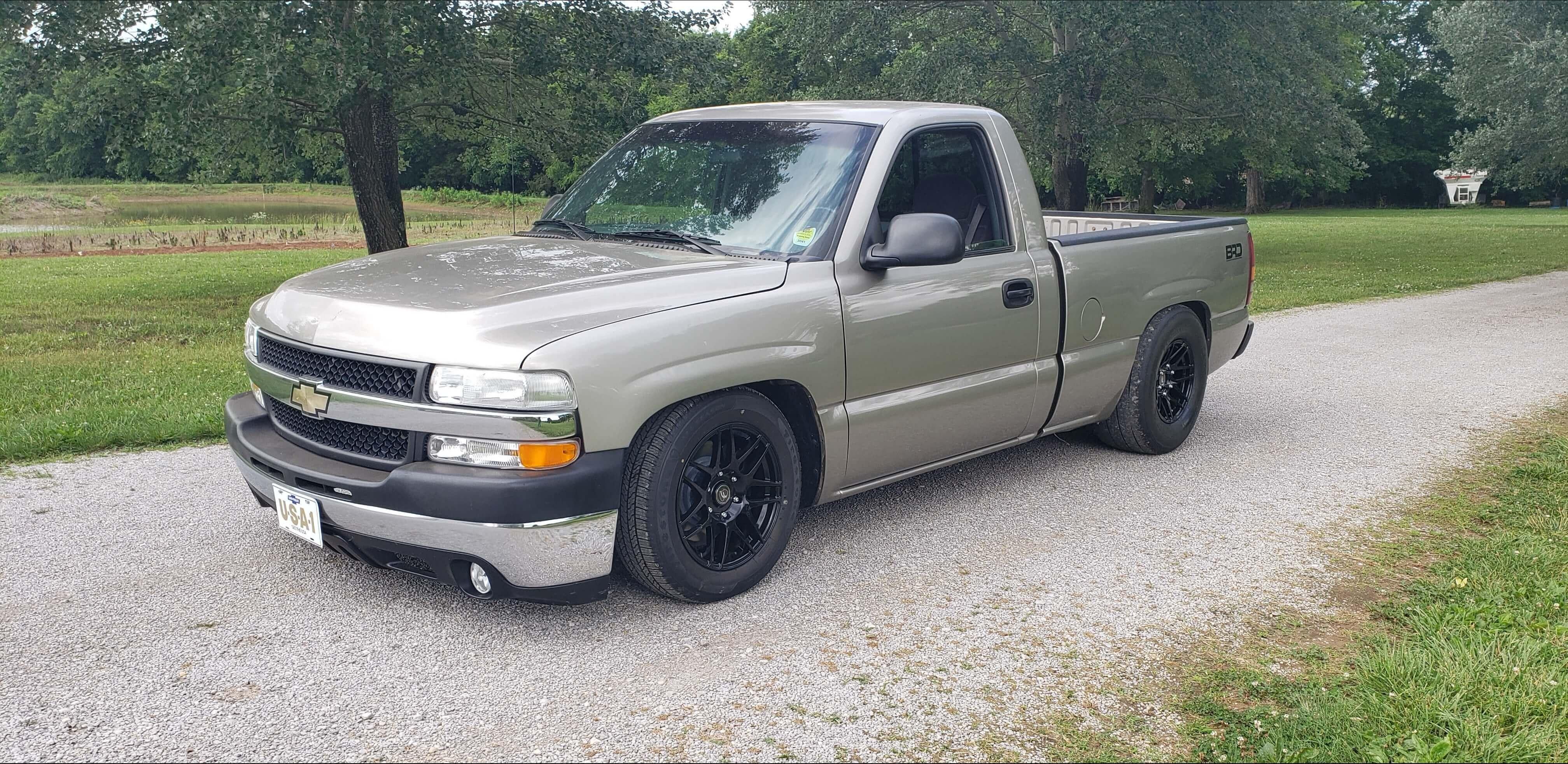 Collin's 2000 Chevrolet Silverado 1500 - Holley My Garage