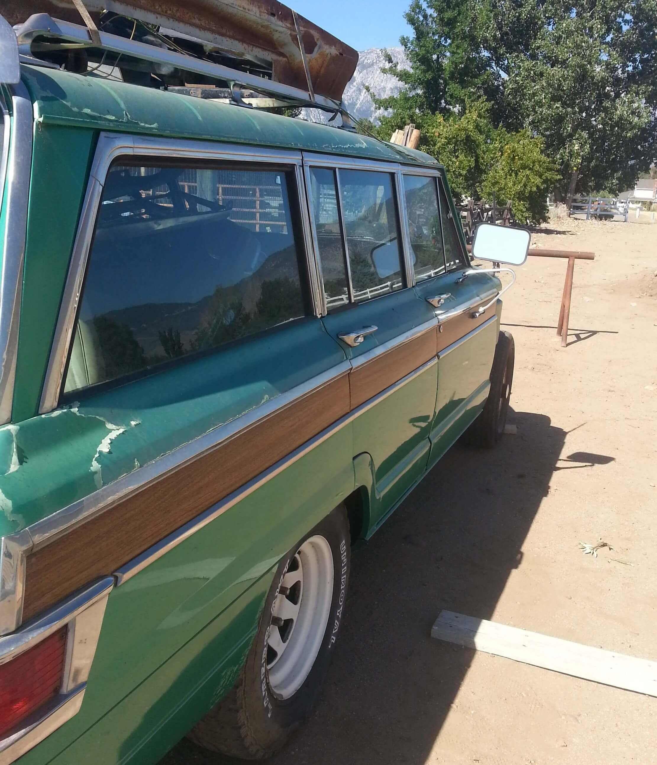 Josh's 1973 Jeep Wagoneer - Holley My Garage